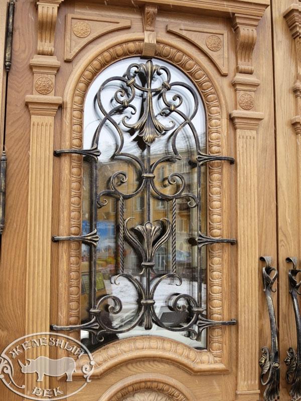 reshetka_na_dveri1